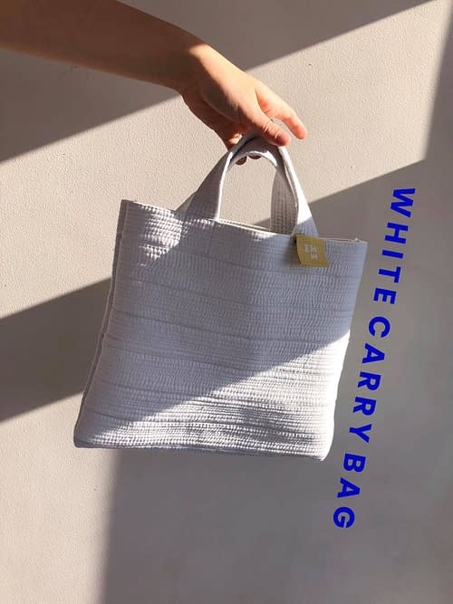 WHITE CARRY BAG